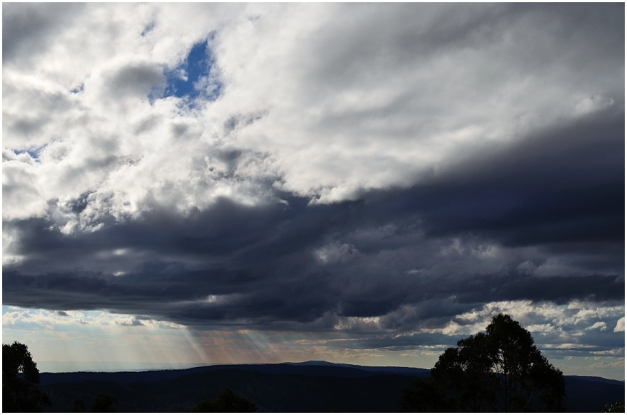 At 1488m, the lookout at Cabramurra gives one lovely, uninterrupted views of the Snowy Mountains.